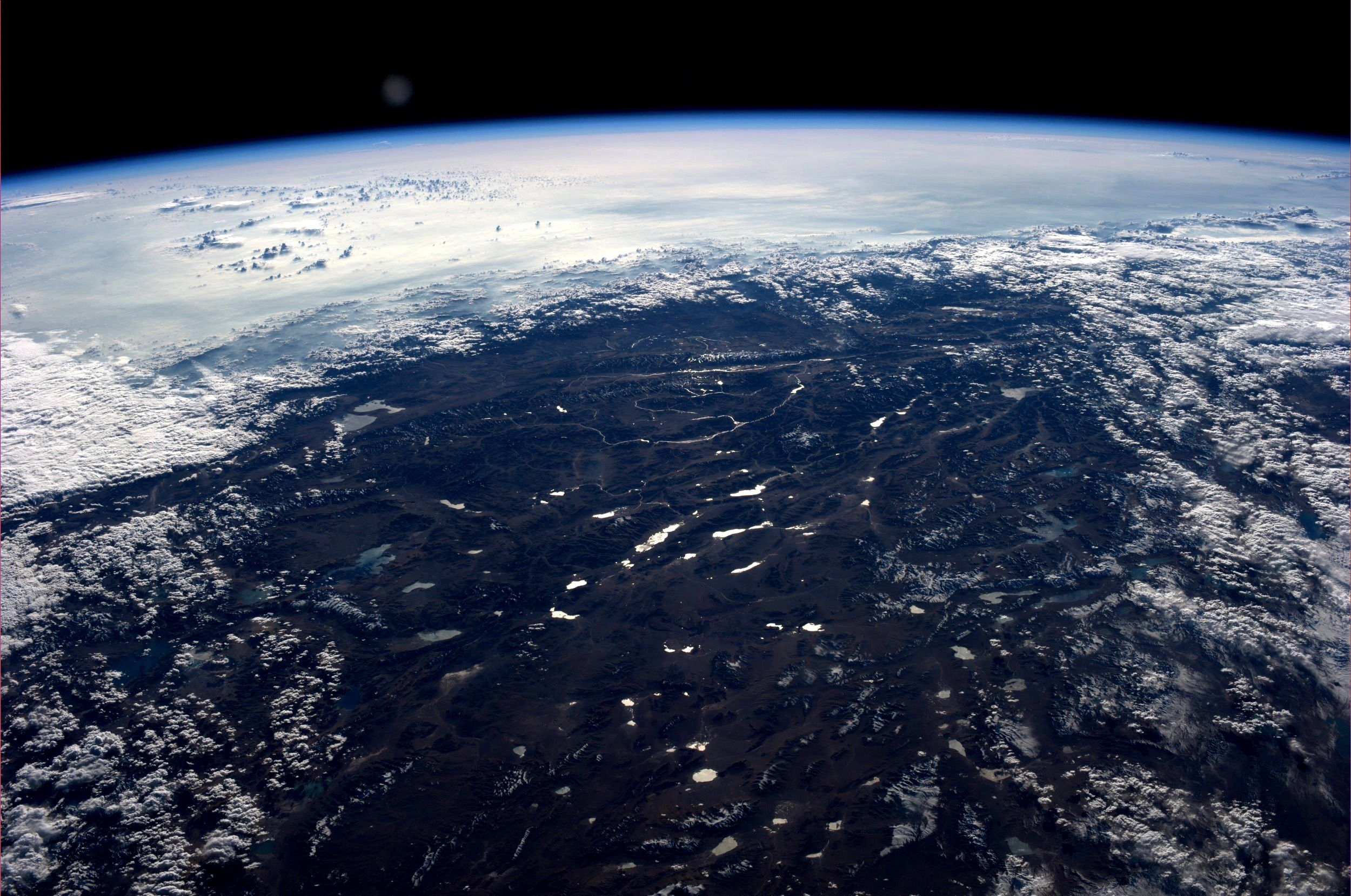 The Tibetan Plateau Taken October 14 2013 Kn From Space Amazing Woman Astronaut Sharing Her Pictures On P Earth From Space Space Pictures Earth Pictures