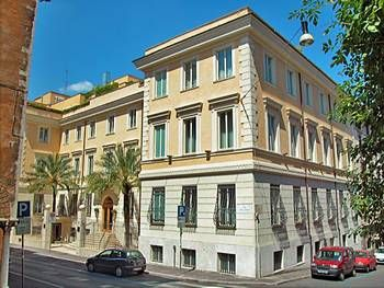 Book The Hotel Capo D Africa With Ornate Wrought Iron Windows And White Brick Façade This Stylish Is Situated In A Central Rome Location