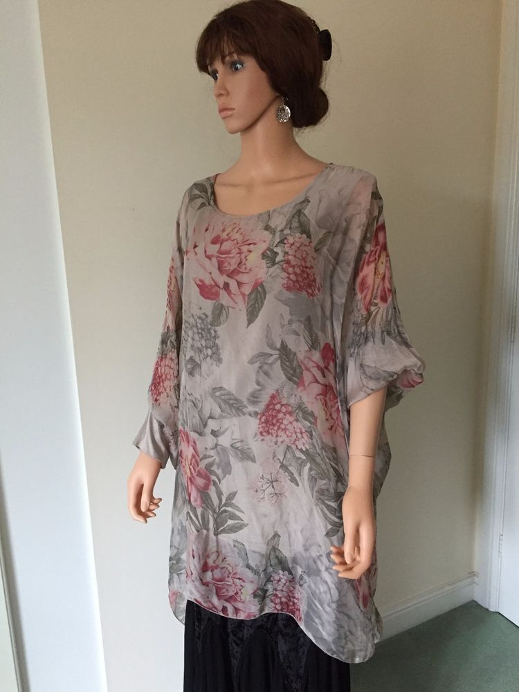 quality design 0c8fd 0c3ed Tunic by New Collection of Italy in Silk | Truly Plumptious ...