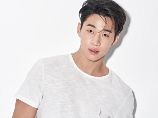 K Pop Corner Henry Lau Is Single But Not Lonely Henry Lau Super Junior Lau