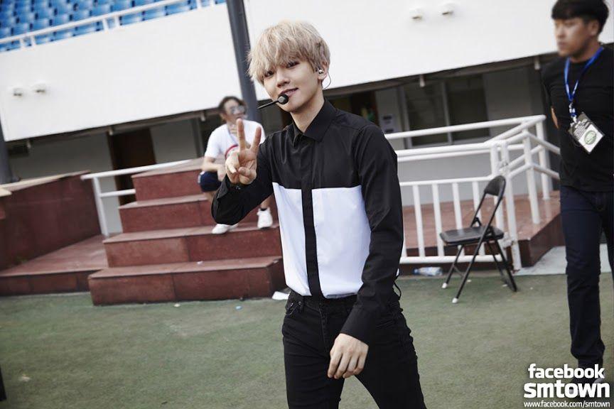 Baekhyun before concert <3