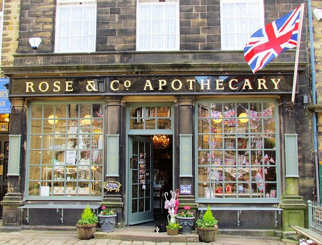 The Best Shop In Haworth Store Fronts Shop Fronts Facade
