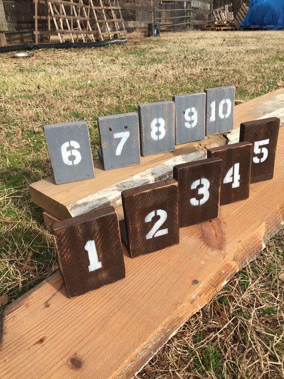 Reclaimed wood table numbers por PalletandCrate en Etsy
