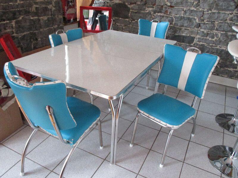 50 Set De Cuisine Retro Vintage Petit A Tres Gros Mobilier De Salle A Manger Et Cuisine Ville De Quebec Kijiji Dining Chairs Home Decor Furniture