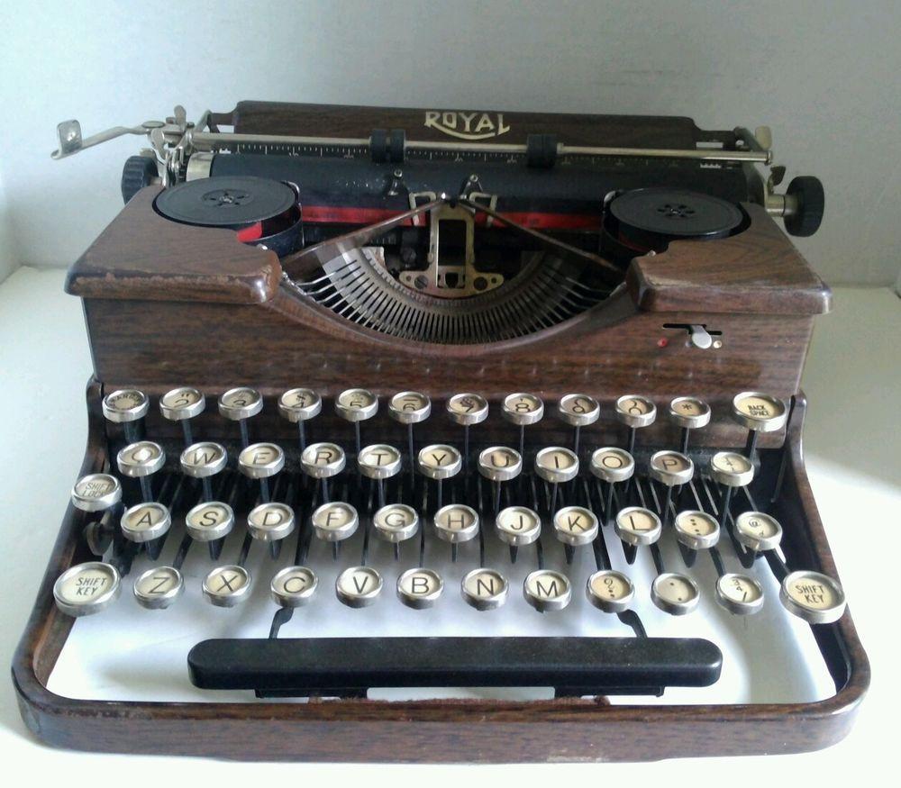 Amazing Vintage Royal Portable Typewriter Part - 14: Vintage 1929 Royal Portable Typewriter Wood Grain Finish P162748 Keys Work # Royal