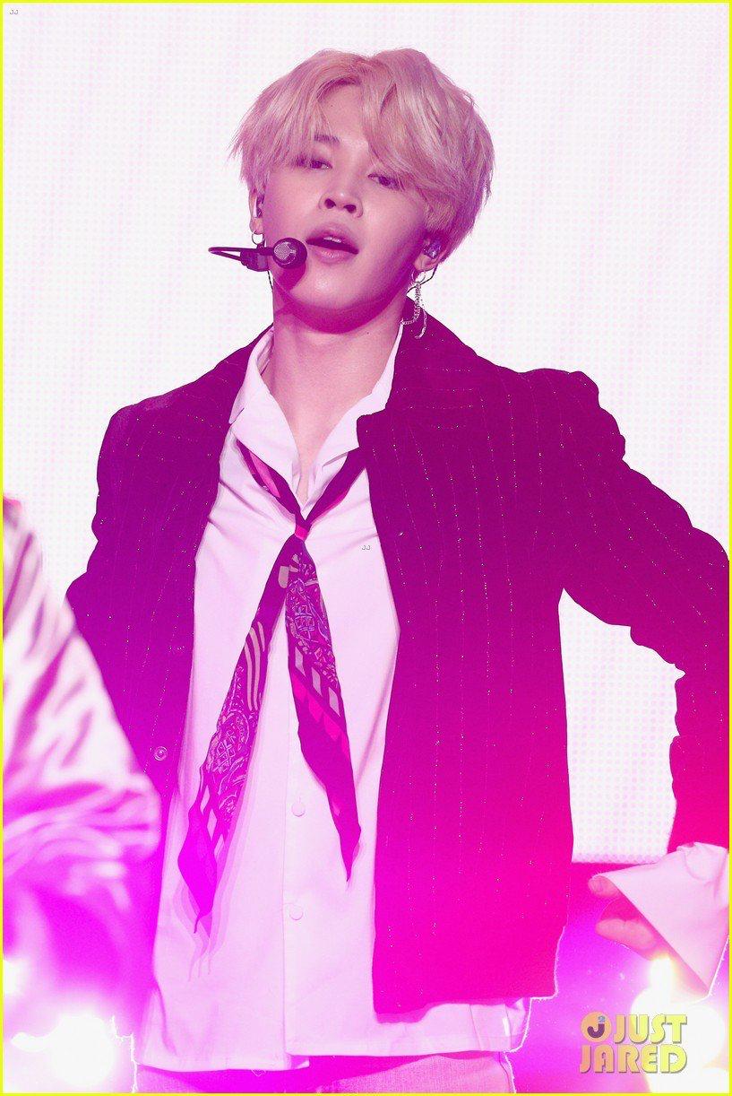 Jimin BTS New Year's Rockin' Eve! (Original photos and