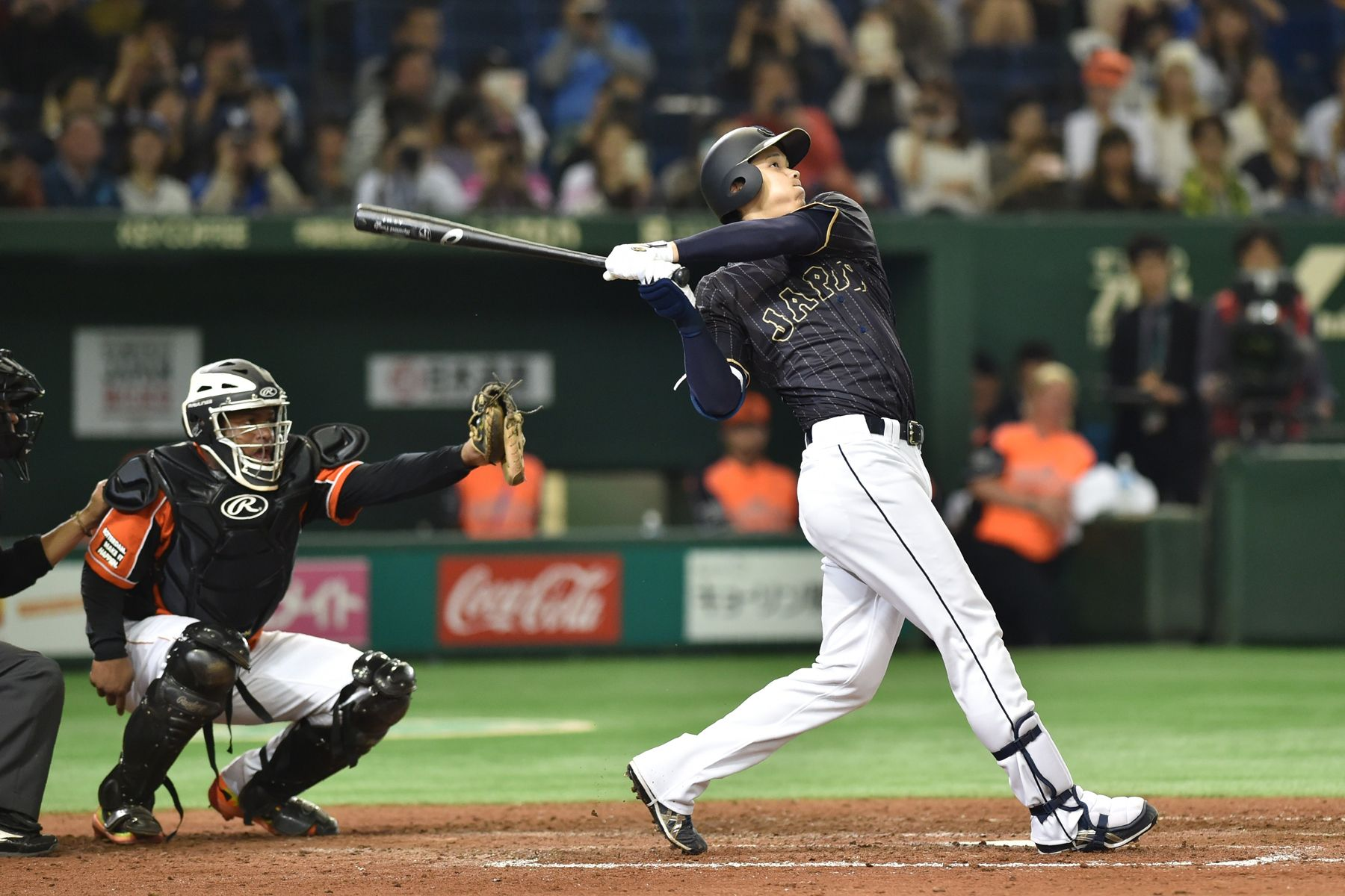 Japan S Babe Ruth Throws 100mph Fastballs And Hits Home Runs Out Of Stadiums Literally