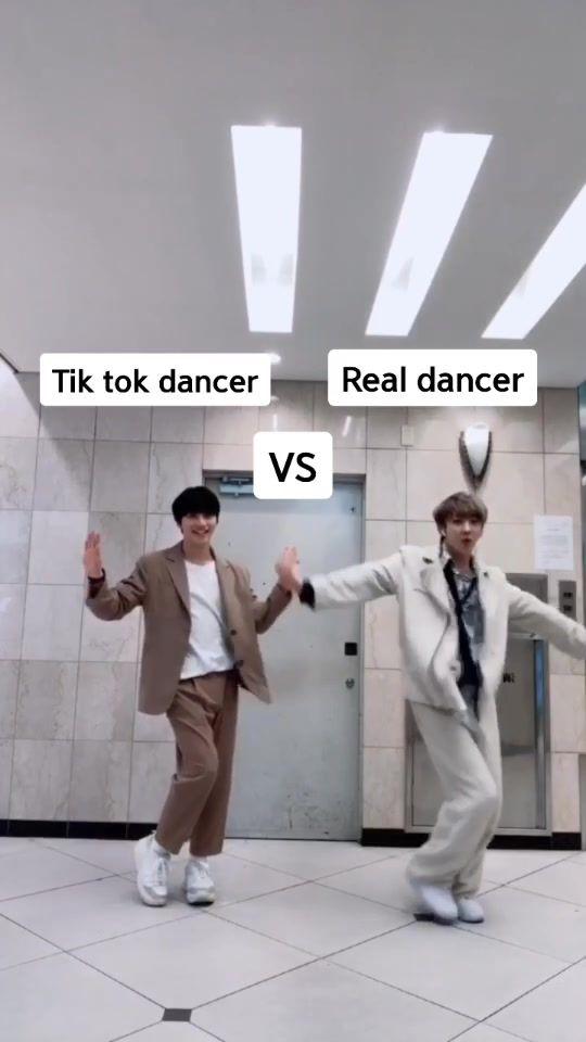 틱톡댄서 vs 진짜댄서의 대결 😂😂😂 tiktok dancer vs real dancer
