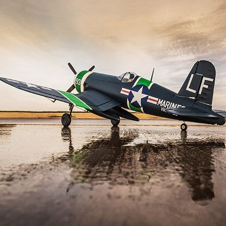 The E-flite® F-4U-4 Corsair 1.2m is a full-house park flyer with functional three-panel flaps, electric 90-degree rotating retracts and an AS3X® system that makes this park flyer handle rock-solid like a much larger warbird.