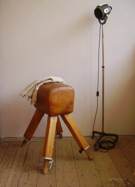old gym horse schlafzimmer pinterest schlafzimmer und wohnen. Black Bedroom Furniture Sets. Home Design Ideas