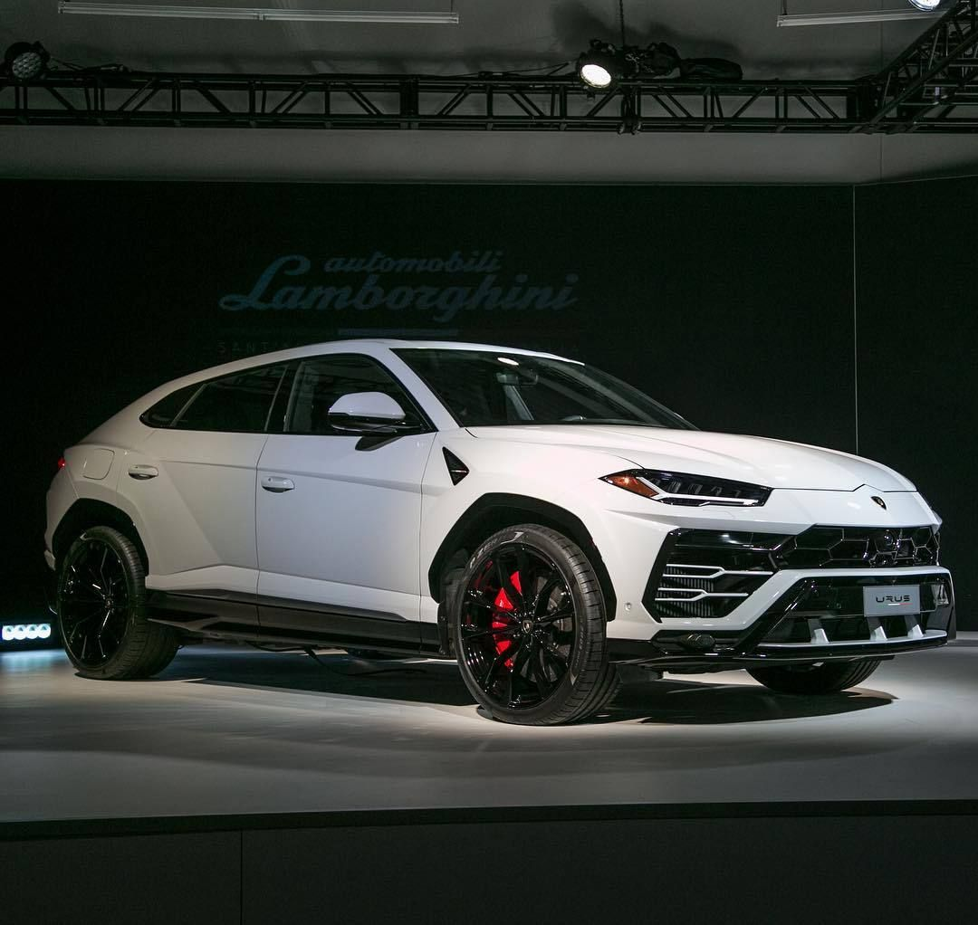 White Luxury Sports Car: Lamborghini Urus SUV