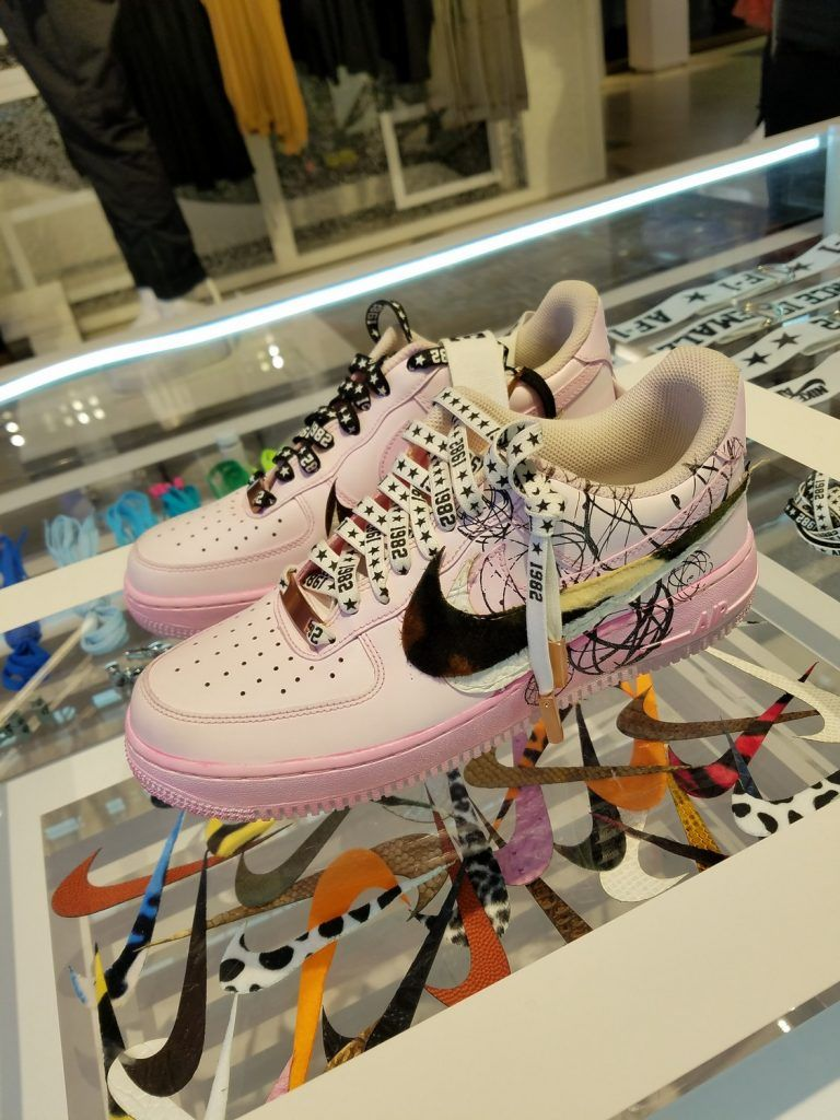 Nike's SoHo Store's Customization Studio For Air Force 1