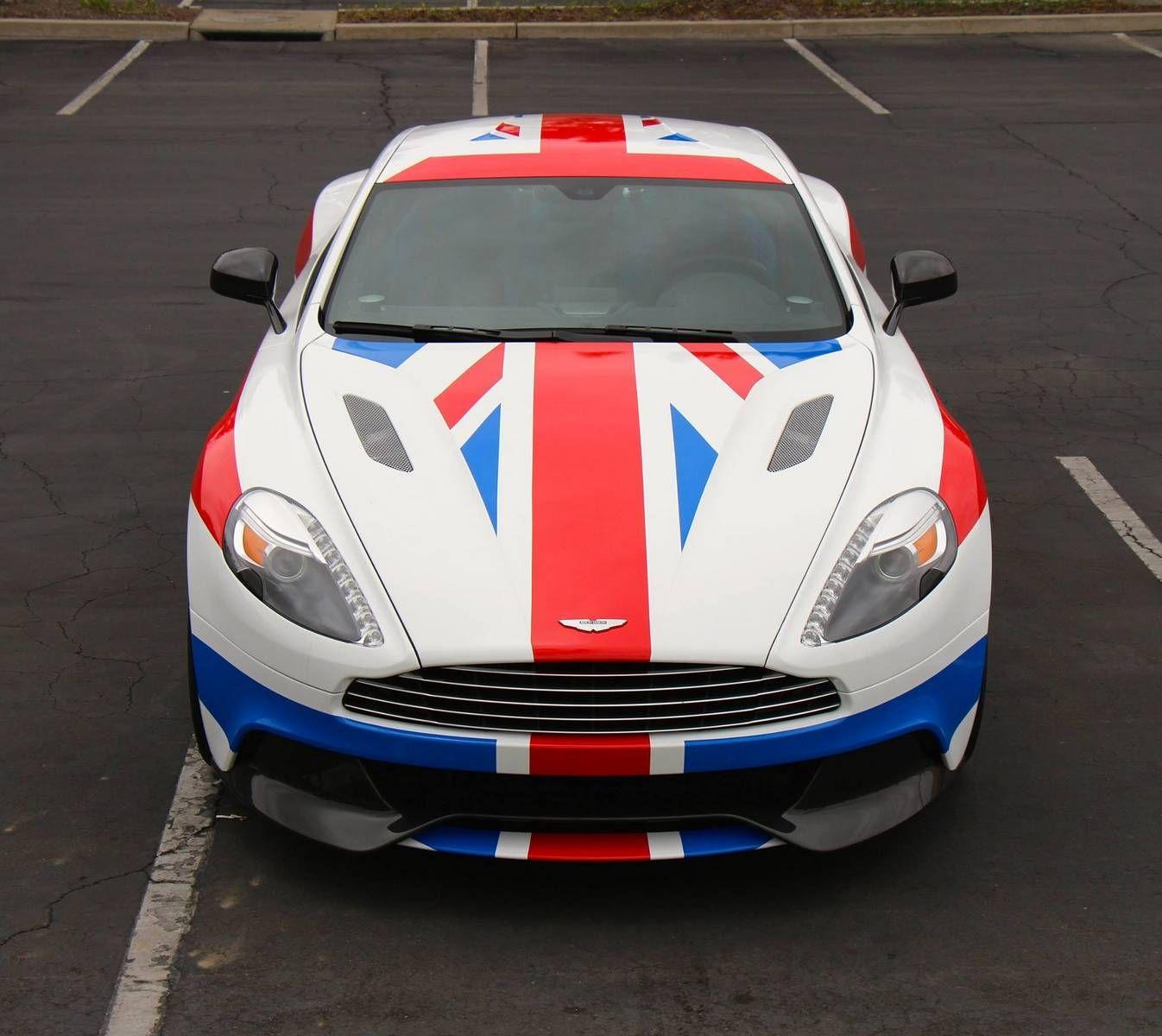 Union-Jack-Wrapped-Aston-Martin-Vanquish-www.hartvoorautos
