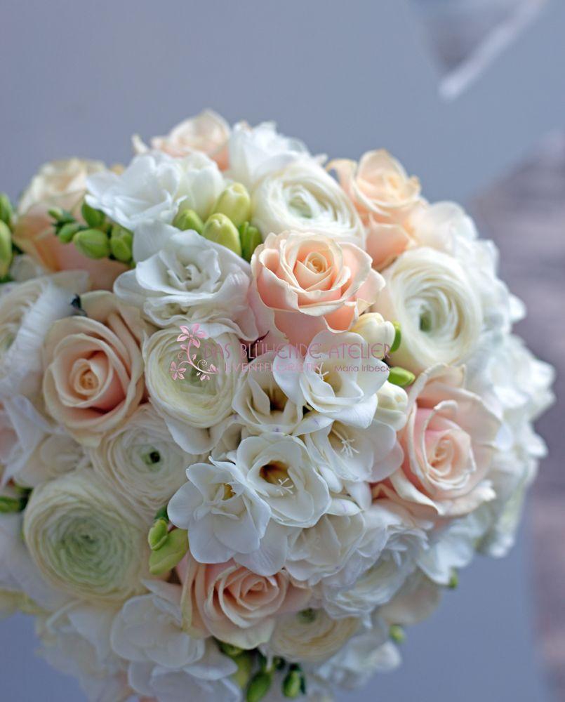 Bouquet  Frhling  Ranunkeln  Rosen  Fresien  aprikotmeine Lieblingsfarbe  Pinterest