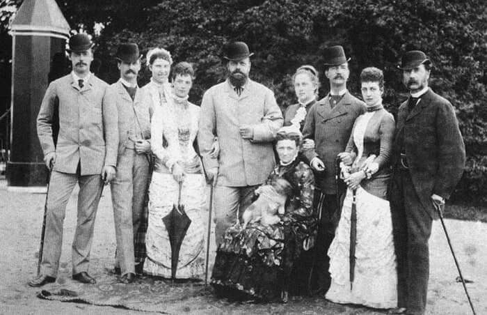 Tsar Alexander lll of Russua with his wife Empress Marie Feodorovna of Russia and his in-laws.A♥W