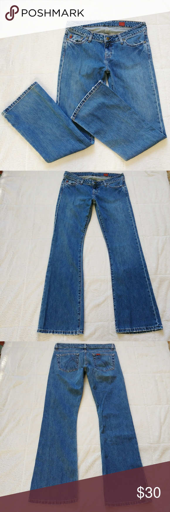 Fossil Starfire Blue Ribbon Jeans Fossil brand Preowned Starfire blue ribbon Bootcut/baby flare style Button & zip closure Medium/dark wash Approximate Measurements: Top laid flat- 17in Rise- 8in Inseam- 32in  0326 L Fossil Jeans