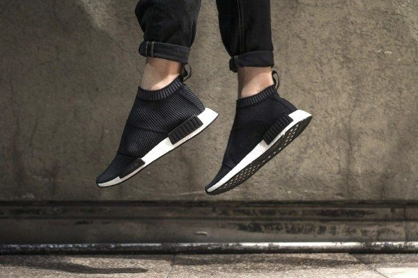 e4c154f2e8fc1 近賞 adidas Originals NMD City Sock「Core Black」黑魂配色