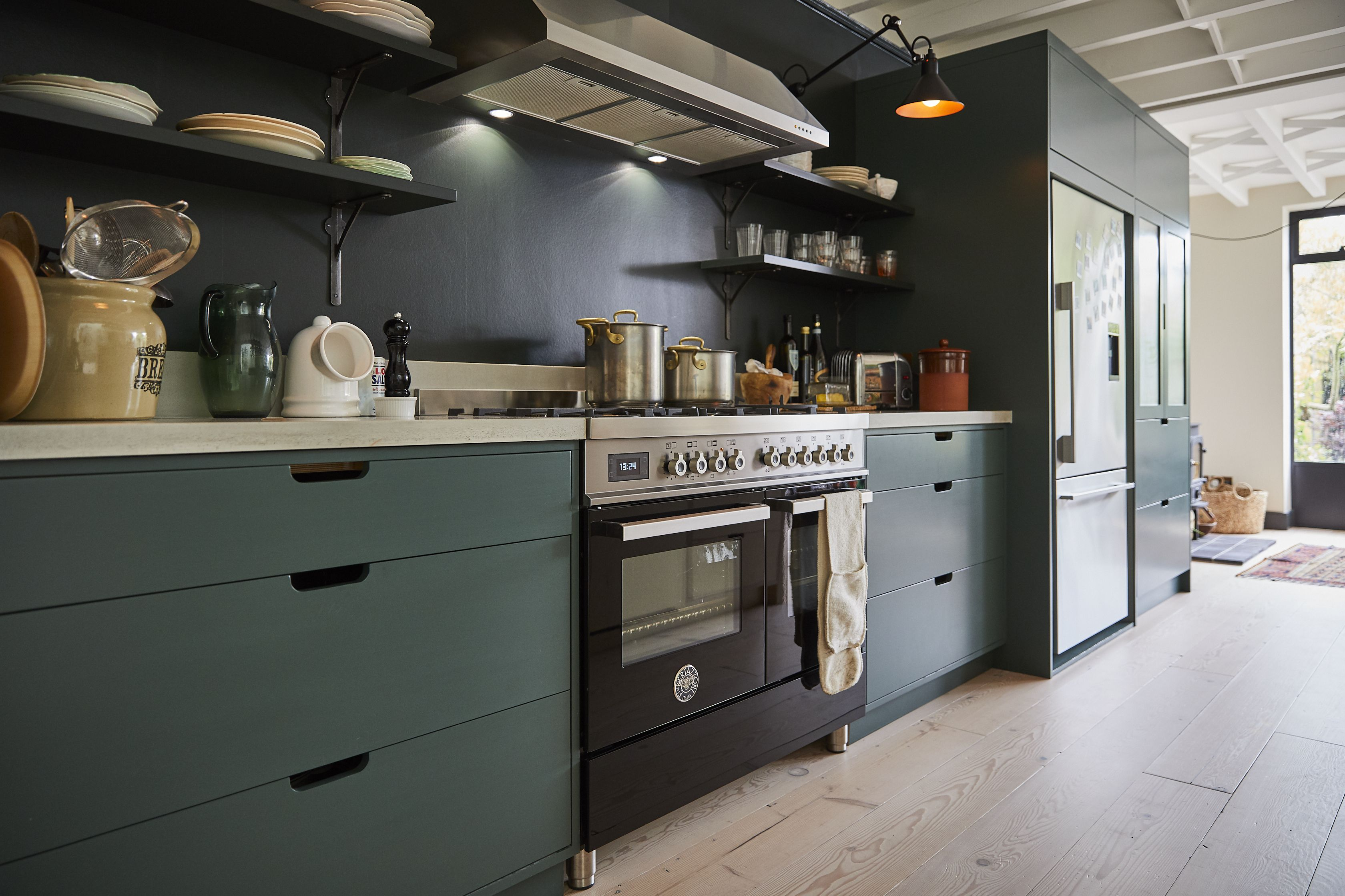Bespoke Kitchen Project 25 Barnes Bespoke Kitchens Kitchen Projects Solid Wood Kitchens