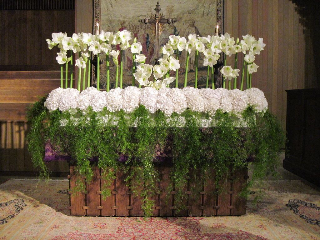Stunning ideas wedding flowers rustic lavender wedding flowers arch