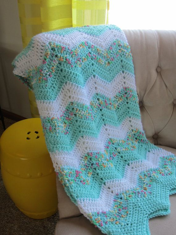 ZIGZAG BABY BLANKET in Yellow Gray and White. Made to Order ...
