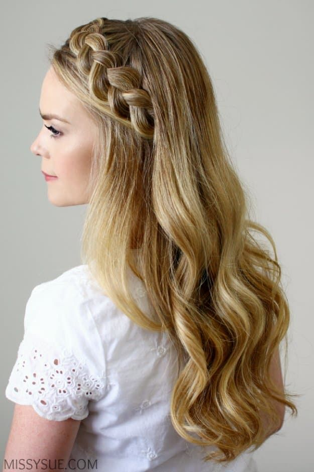Homecoming Dance Hairstyles Inspiration Perfect For The Queen Dance Hairstyles Braided Headband Hairstyle Hair Styles