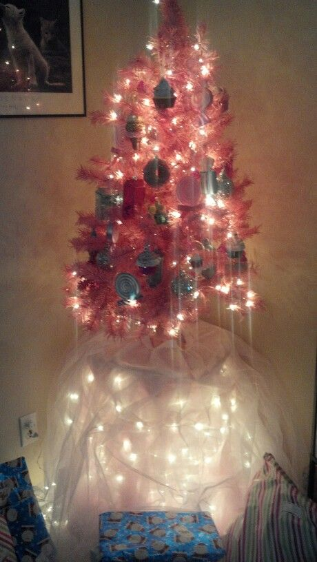 My Pink Tree Sorry For The Bad Lighting Tree Was Bought On Sale At Walmart Ornaments Are From Target Home Depot An Pink Trees Christmas Lights Pink Blanket