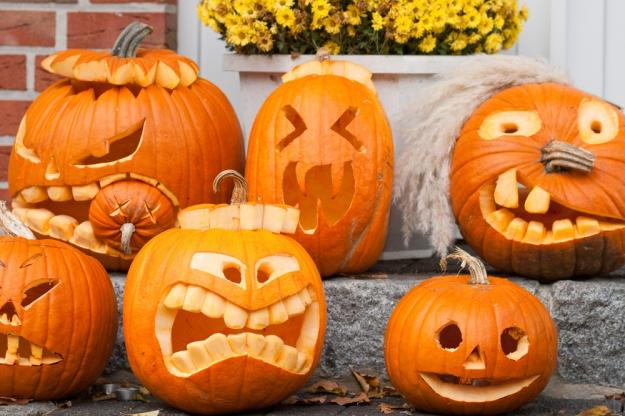 Ambienta tu casa con calabazas decoradas halloween Pinterest