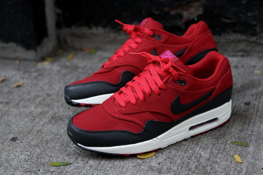 nike air max 1 black hot red dress