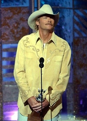 2002 Alan Jackson Accepts His Award For Song Of The Year For