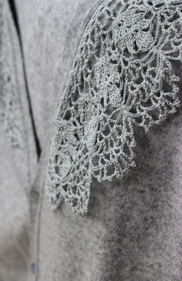 Luli Free Charted Pattern Lace Collar Edging Crochet Borders