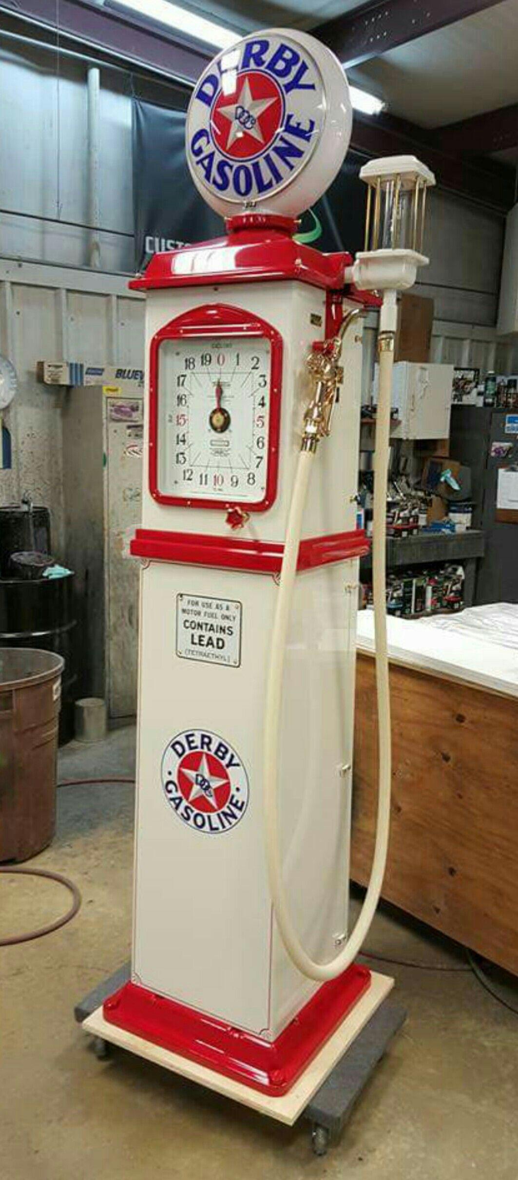 Beautiful Restored Derby Gasoline Clock Face Pump   Vintage