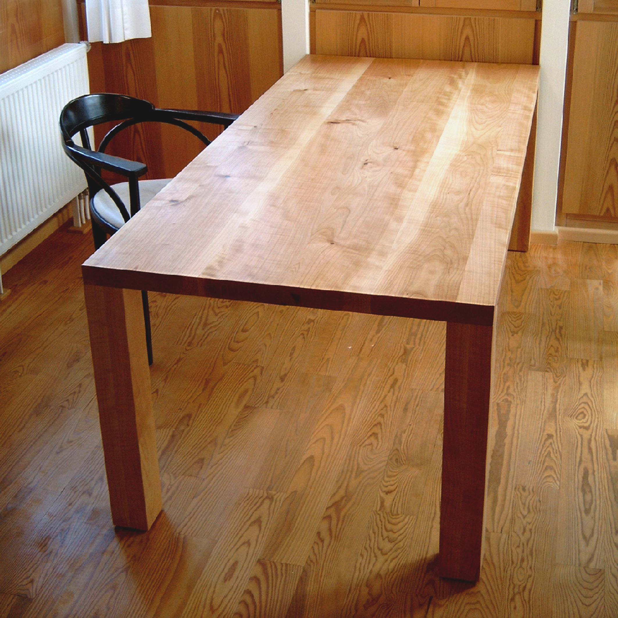 tisch in kirschbaum ge lt l s tische und b nke pinterest kirschbaum tisch und b nke. Black Bedroom Furniture Sets. Home Design Ideas