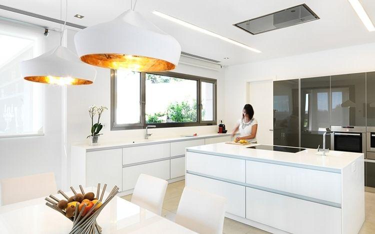 Cocinas Con Isla Y Mucho Encanto Espaciodeco Com Idea 17142 Islas De Cocina Decoración De Cocina Moderna Cocinas Con Ventanales