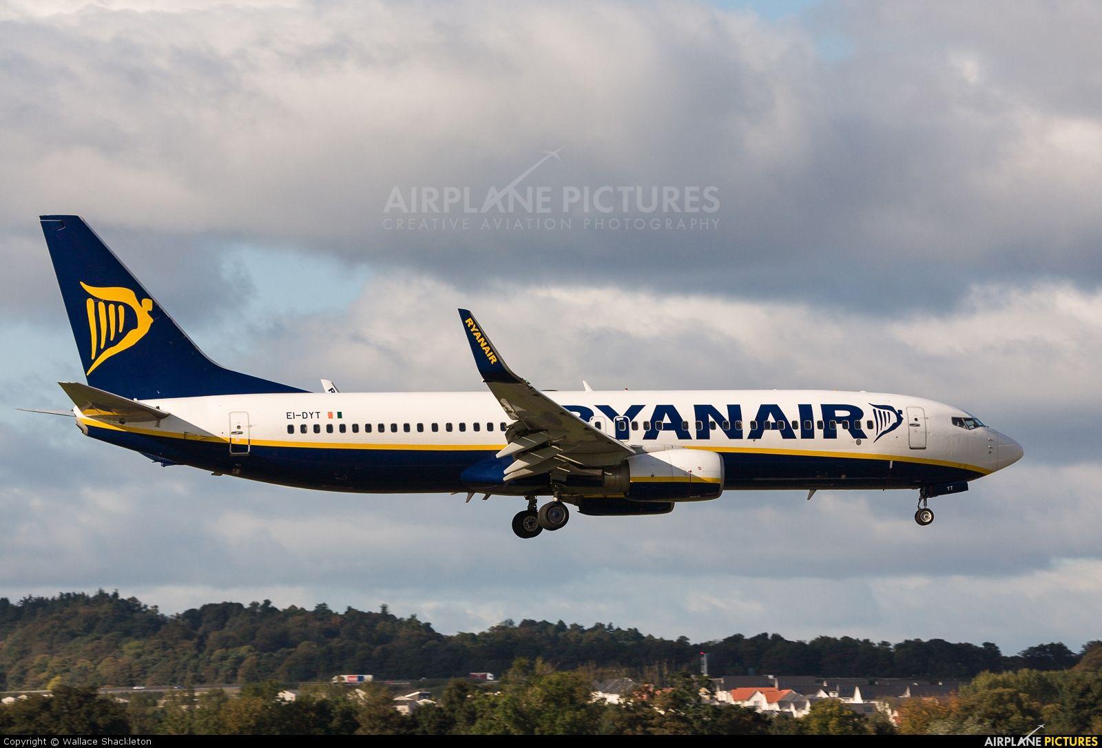 EI-DYT Ryanair Boeing 737-800