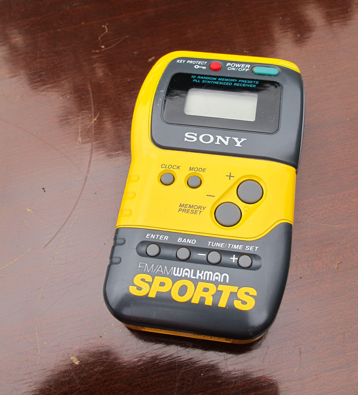Very 1980s Sony Sports Walkman FM/AM Radio Sony