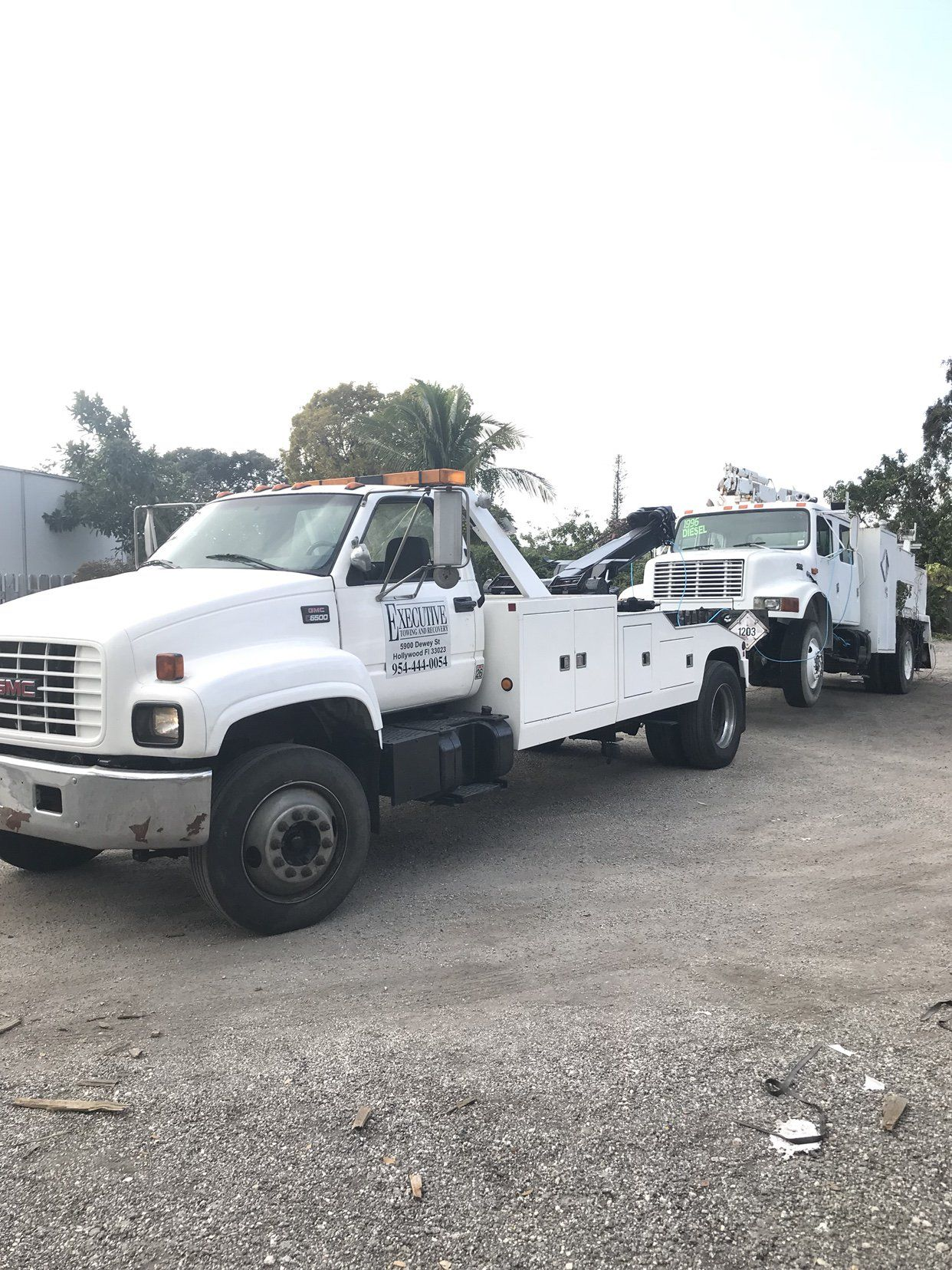 Medium Duty Towing • Putting the new beast too work!!!!   Tow411
