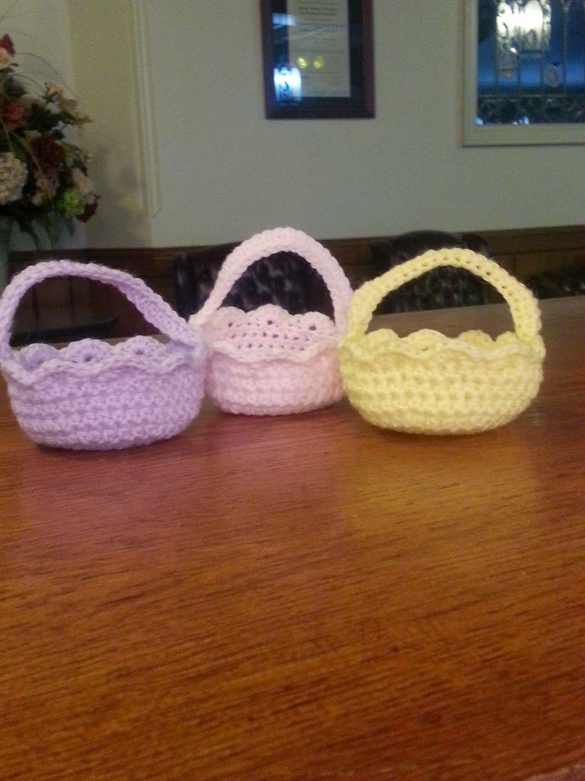 Mini Easter Basket. Free pattern. Free crochet pattern. So cute ...
