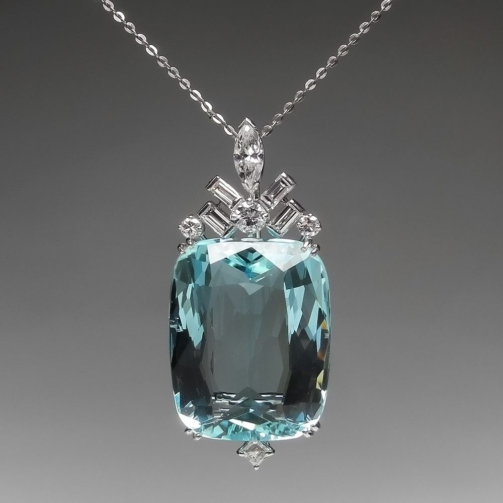 Magnificent Aquamarine & Diamond Pendant in Platinum | Aquamarine jewelry,  Diamond pendant, Antique jewelry
