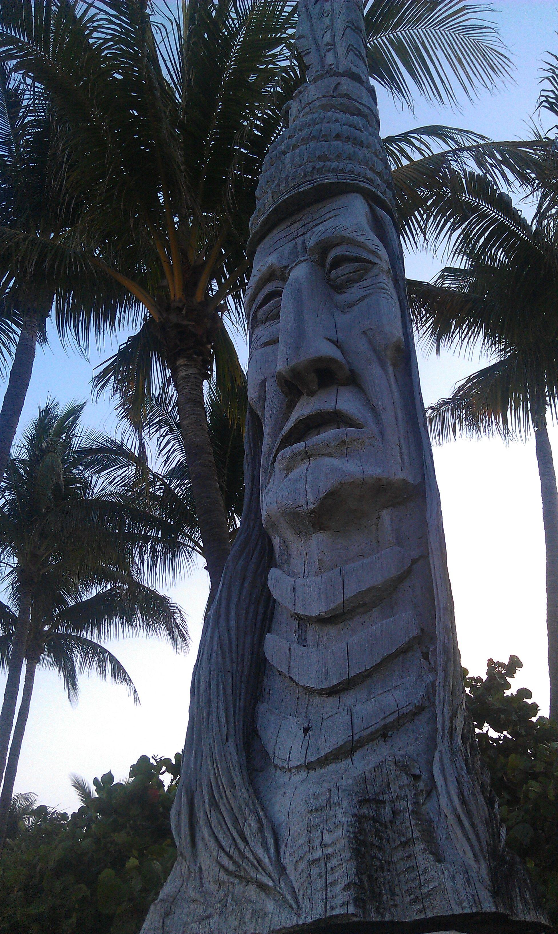 Whispering Giant Fort Lauderdale Florida Fort