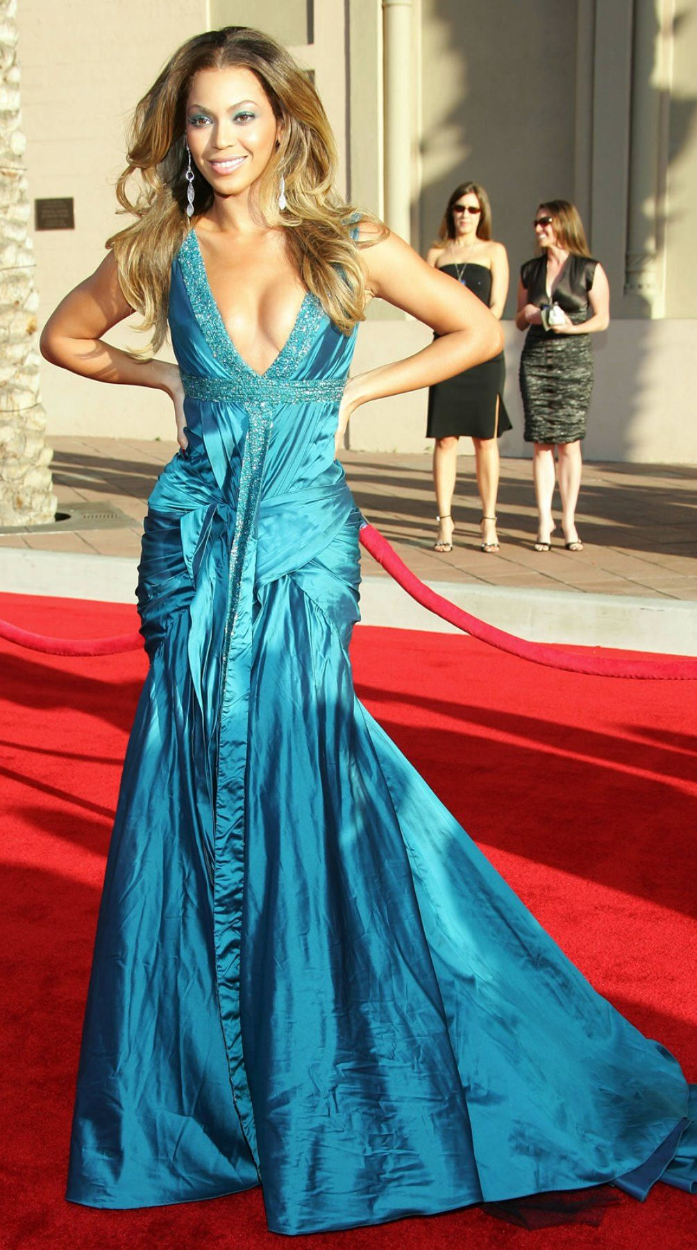 Pin by Fashion Dolling on Beyoncé | Pinterest | Dress blues