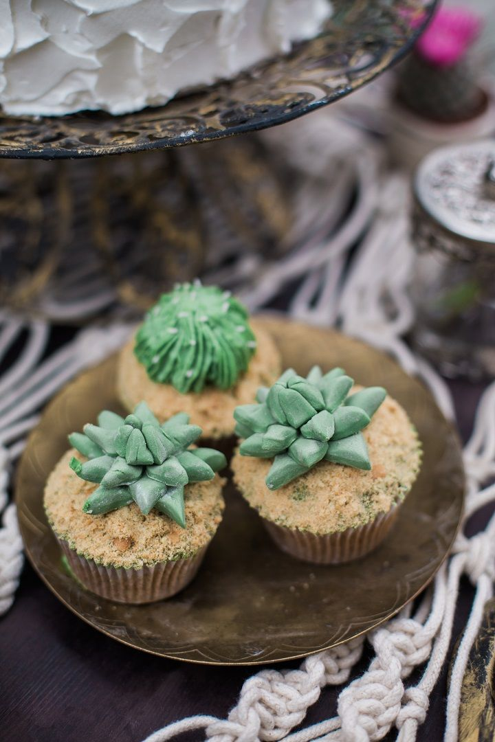 Wedding cupcakes topped with cactus - Cactus Wedding Inspiration Shoot in Botanical Garden | fabmood.com #wedding #weddingstyled #weddinginspiration #weddingideas