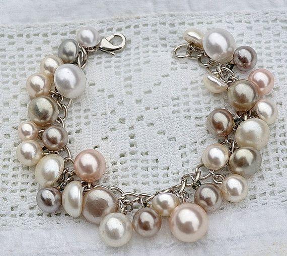Vintage Button Bracelet via Etsy