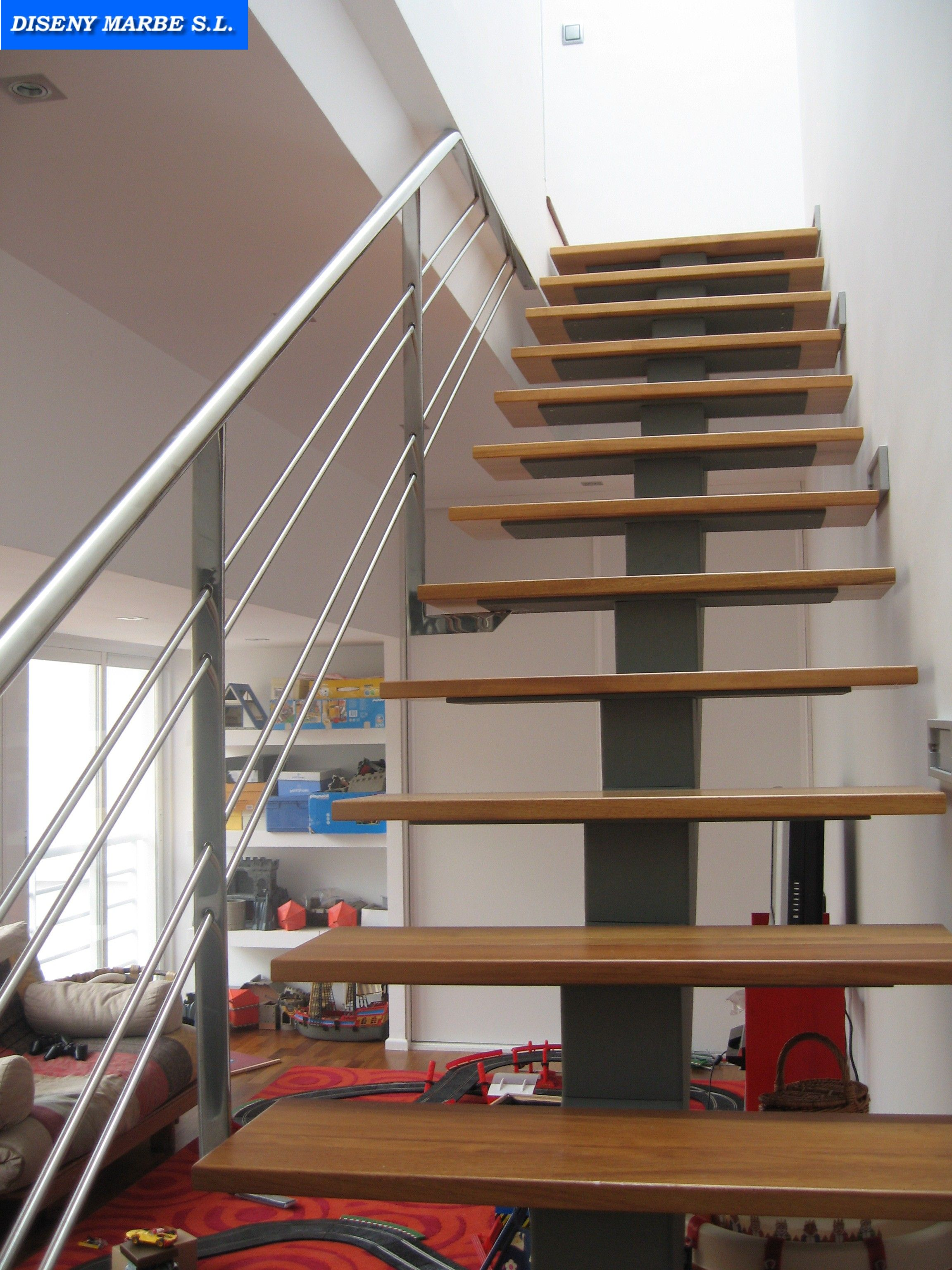 Barandilla escalera de acero inoxidable pasamano redondo - Escaleras de hierro y madera para interiores ...