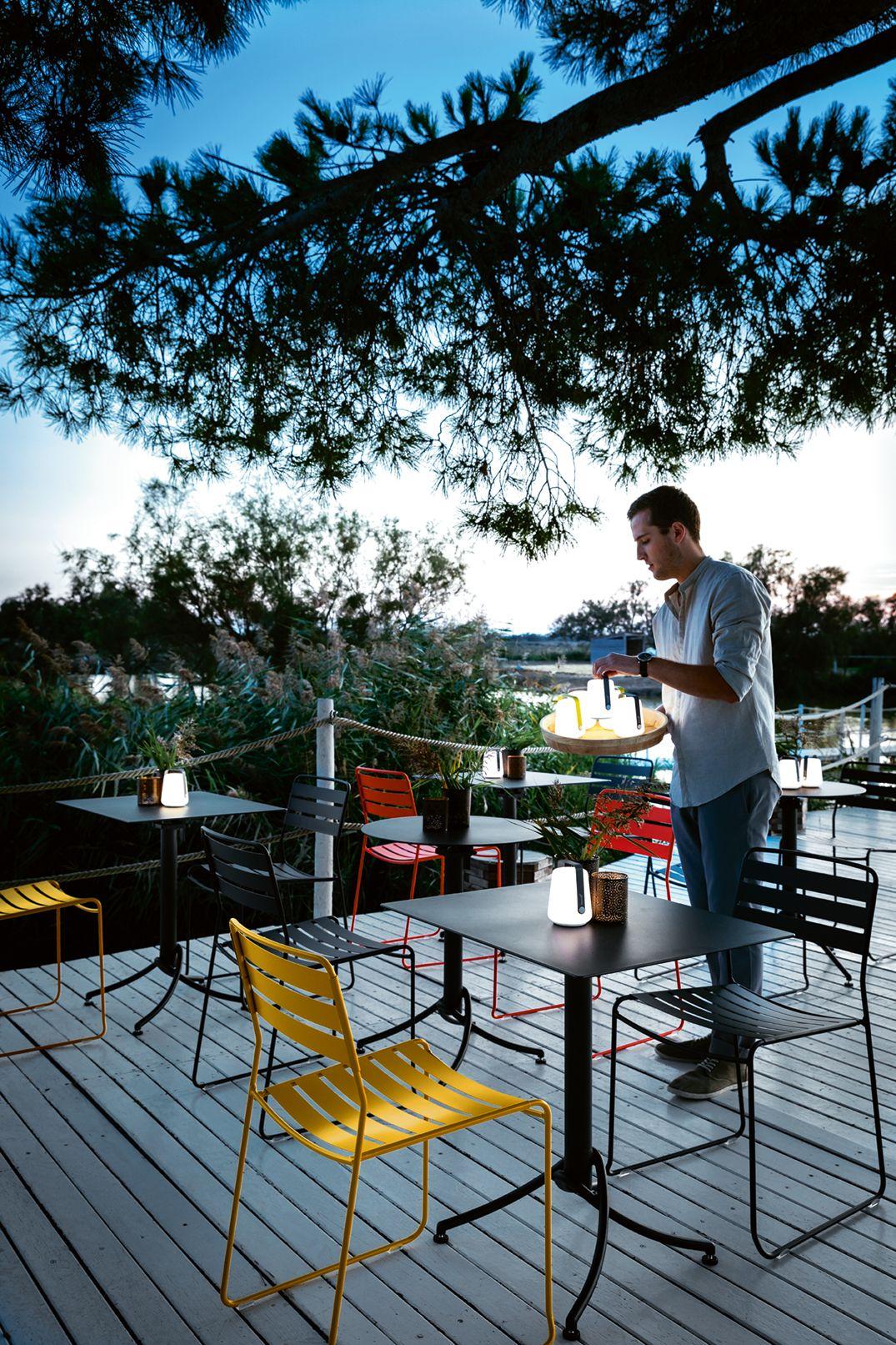 Terrasse Mas De La Fouque Restaurant Eclairage Exterieur Meuble Jardin Mobilier Jardin