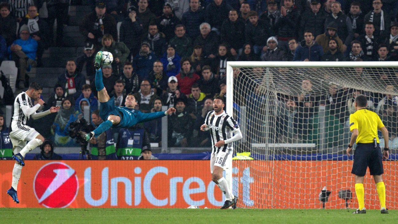 Cristiano Ronaldo Wayne Rooney Zlatan Ibrahimovic Were Scoring Iconic Overhead Kicks Before Jahanbakhsh In 2020 Ronaldo Cristiano Ronaldo Kicks