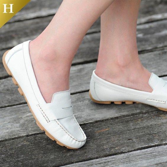 White Mountain Shoes Skipper White Moccasin