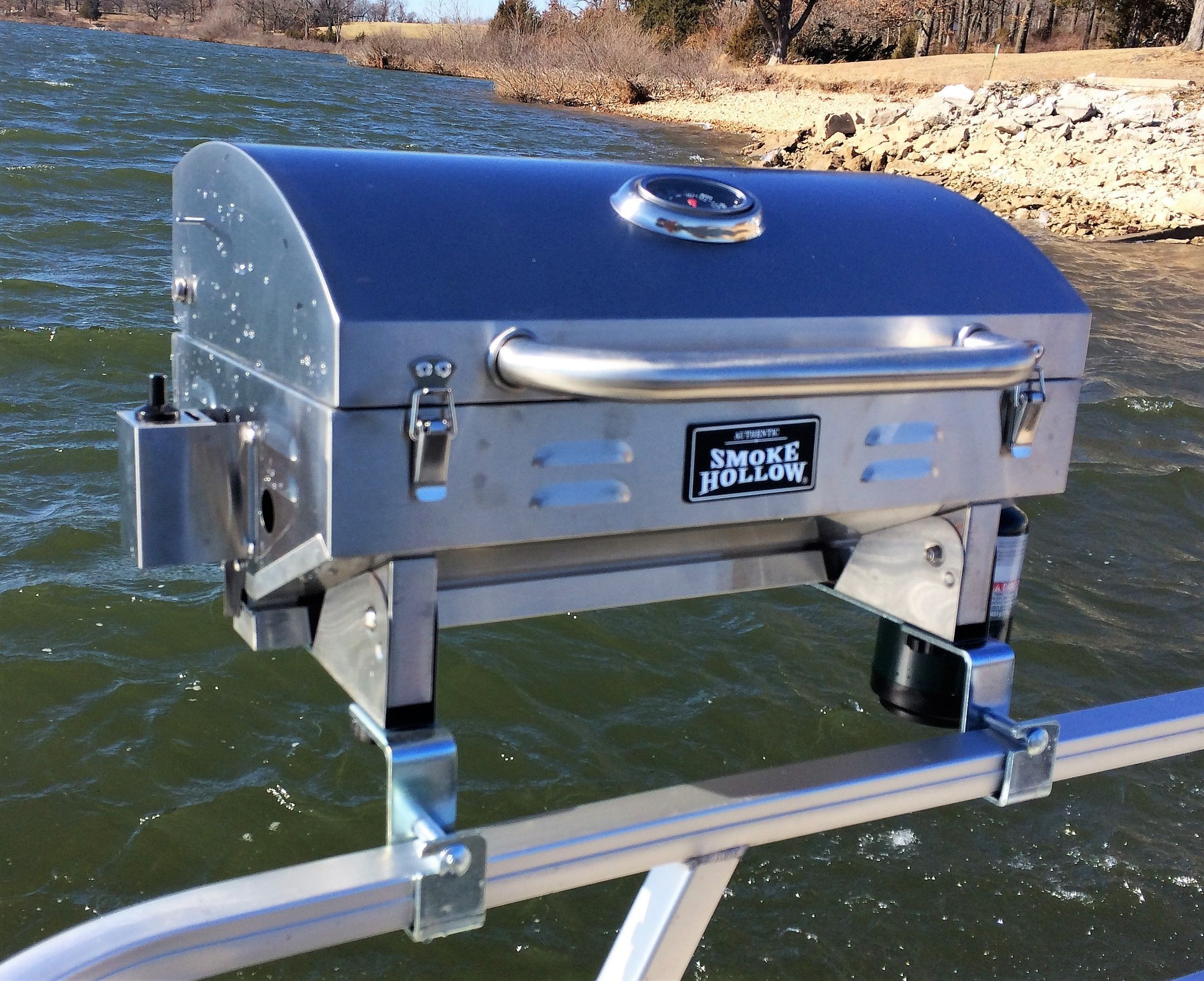 Stainless Steel Smoke Hollow Grill With Pontoon Rail