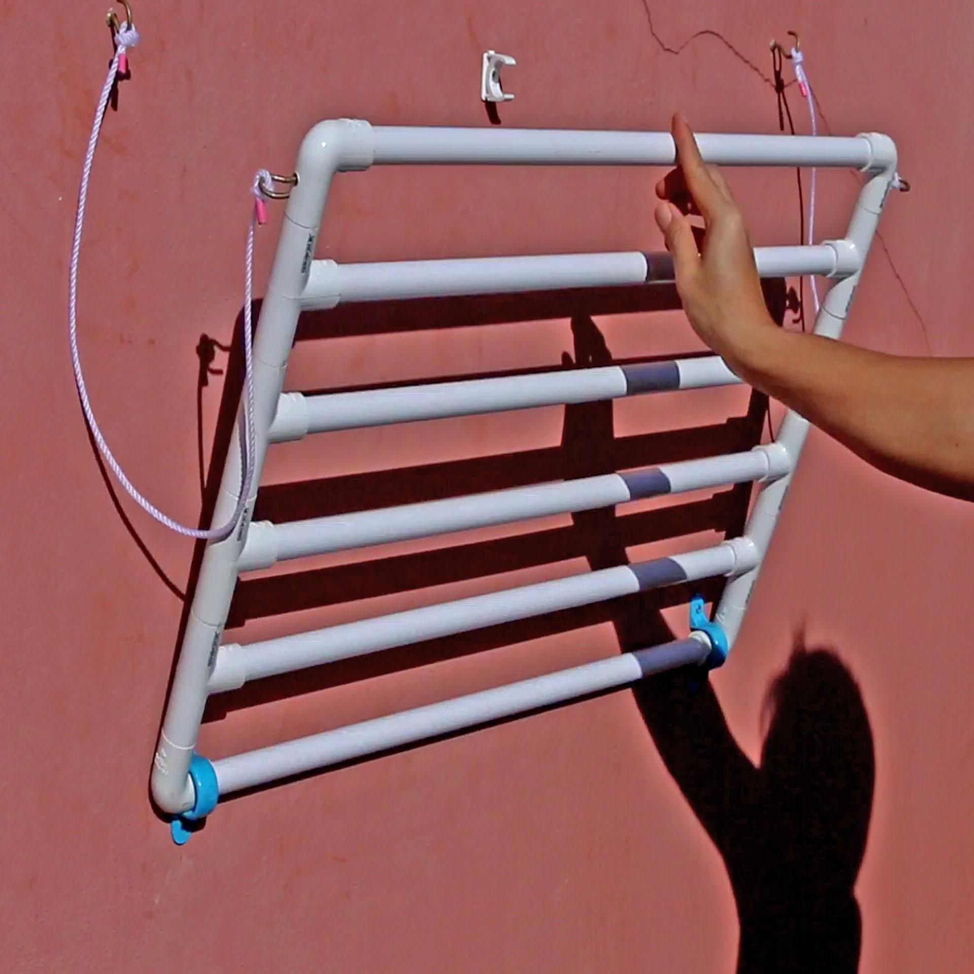 DIY How to make a collapsible towel rack