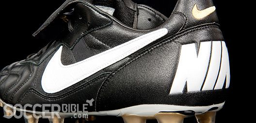 Nike Tiempo 94 football boots (soccerbible.com)