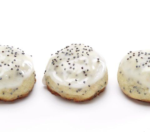 Grapefruit Poppy Seed Buttons | Gently perfumed by grapefruit zest and vanilla and sporting a pretty scattering of poppyseeds, these unusual nibbles are a surefire way to brighten a winter day.
